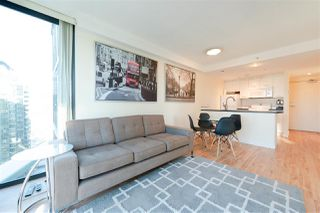 Main Photo: 2007 1331 W GEORGIA Street in Vancouver: Coal Harbour Condo for sale (Vancouver West)  : MLS®# R2373472