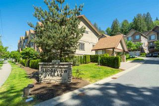 """Photo 1: 30 35626 MCKEE Road in Abbotsford: Abbotsford East Townhouse for sale in """"LEDGEVIEW VILLAS"""" : MLS®# R2373677"""