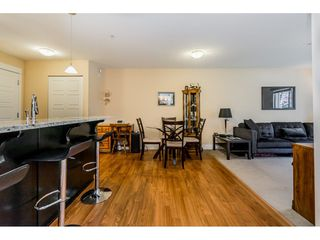 """Photo 8: 121 30525 CARDINAL Avenue in Abbotsford: Abbotsford West Condo for sale in """"Tamarind"""" : MLS®# R2375752"""