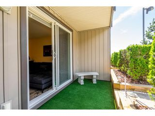 """Photo 20: 121 30525 CARDINAL Avenue in Abbotsford: Abbotsford West Condo for sale in """"Tamarind"""" : MLS®# R2375752"""