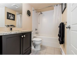 """Photo 16: 121 30525 CARDINAL Avenue in Abbotsford: Abbotsford West Condo for sale in """"Tamarind"""" : MLS®# R2375752"""