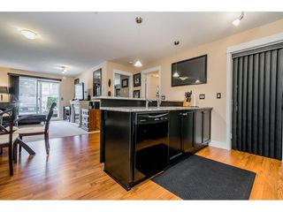 """Photo 12: 121 30525 CARDINAL Avenue in Abbotsford: Abbotsford West Condo for sale in """"Tamarind"""" : MLS®# R2375752"""