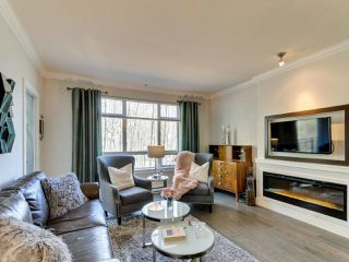"Photo 6: C207 20211 66 Avenue in Langley: Willoughby Heights Condo for sale in ""ELEMENTS"" : MLS®# R2383710"