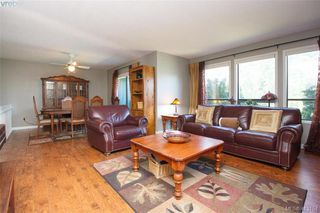 Photo 8: 4159 Tuxedo Drive in VICTORIA: SE Lake Hill Single Family Detached for sale (Saanich East)  : MLS®# 413154