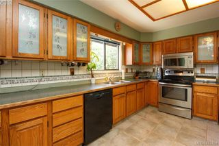 Photo 13: 4159 Tuxedo Drive in VICTORIA: SE Lake Hill Single Family Detached for sale (Saanich East)  : MLS®# 413154