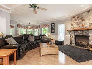 "Photo 9: 5443 184A Street in Surrey: Cloverdale BC House for sale in ""HUNTER PARK"" (Cloverdale)  : MLS®# R2386719"