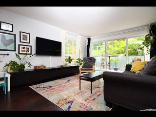 """Main Photo: 311 2333 TRIUMPH Street in Vancouver: Hastings Condo for sale in """"Landmark Monteray"""" (Vancouver East)  : MLS®# R2387583"""