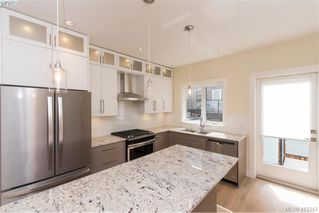 Photo 18: 202 2130 sooke Road in VICTORIA: Co Hatley Park Row/Townhouse for sale (Colwood)  : MLS®# 413342