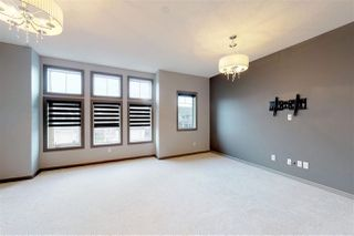 Photo 11: 846 CHAHLEY Way in Edmonton: Zone 20 House for sale : MLS®# E4171756