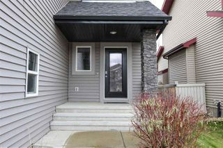 Photo 2: 846 CHAHLEY Way in Edmonton: Zone 20 House for sale : MLS®# E4171756