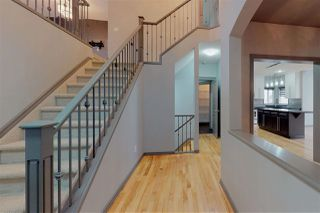 Photo 3: 846 CHAHLEY Way in Edmonton: Zone 20 House for sale : MLS®# E4171756