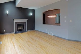 Photo 8: 846 CHAHLEY Way in Edmonton: Zone 20 House for sale : MLS®# E4171756