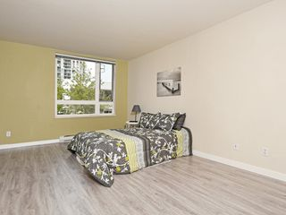 "Photo 12: 204 1163 THE HIGH Street in Coquitlam: North Coquitlam Condo for sale in ""KENSINGTON COURT"" : MLS®# R2406076"