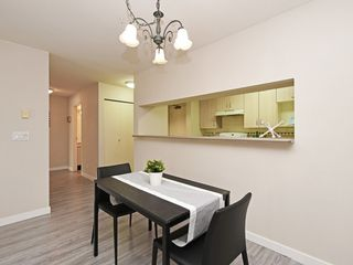 "Photo 8: 204 1163 THE HIGH Street in Coquitlam: North Coquitlam Condo for sale in ""KENSINGTON COURT"" : MLS®# R2406076"