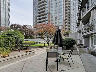 "Photo 1: 204 1163 THE HIGH Street in Coquitlam: North Coquitlam Condo for sale in ""KENSINGTON COURT"" : MLS®# R2406076"