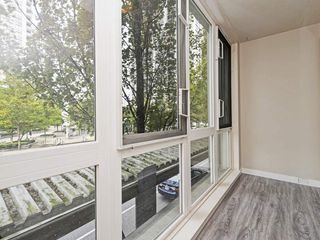 "Photo 18: 204 1163 THE HIGH Street in Coquitlam: North Coquitlam Condo for sale in ""KENSINGTON COURT"" : MLS®# R2406076"