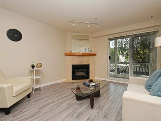 "Photo 4: 204 1163 THE HIGH Street in Coquitlam: North Coquitlam Condo for sale in ""KENSINGTON COURT"" : MLS®# R2406076"