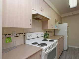 "Photo 11: 204 1163 THE HIGH Street in Coquitlam: North Coquitlam Condo for sale in ""KENSINGTON COURT"" : MLS®# R2406076"