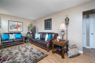 Photo 3: 46521 GILBERT Avenue in Chilliwack: Fairfield Island House for sale : MLS®# R2420328