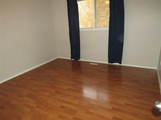 Photo 5: 12503 121 Avenue in Edmonton: House for rent