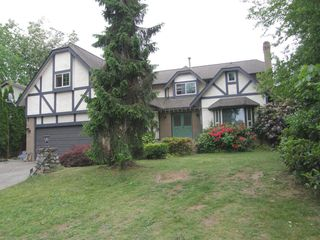 Photo 3: 12473 KLASSEN PLACE in MAPLE RIDGE: Home for sale : MLS®# R2053876