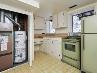 Photo 19: 3143 ROBINSON Road in North Vancouver: Lynn Valley House for sale : MLS®# R2428457