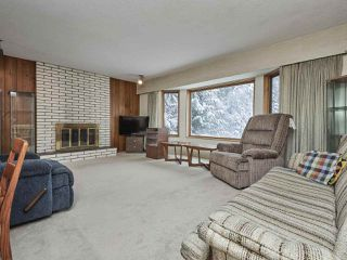 Photo 4: 3143 ROBINSON Road in North Vancouver: Lynn Valley House for sale : MLS®# R2428457