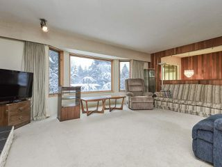 Photo 5: 3143 ROBINSON Road in North Vancouver: Lynn Valley House for sale : MLS®# R2428457