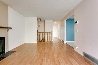Photo 5: 1076 RANCHLANDS Boulevard NW in Calgary: Ranchlands Detached for sale : MLS®# C4286862