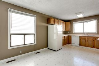 Photo 13: 1076 RANCHLANDS Boulevard NW in Calgary: Ranchlands Detached for sale : MLS®# C4286862