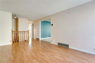 Photo 4: 1076 RANCHLANDS Boulevard NW in Calgary: Ranchlands Detached for sale : MLS®# C4286862