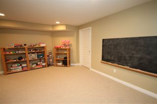 "Photo 14: 27331 34 Avenue in Langley: Aldergrove Langley House for sale in ""STONE BRIDGE"" : MLS®# R2452747"