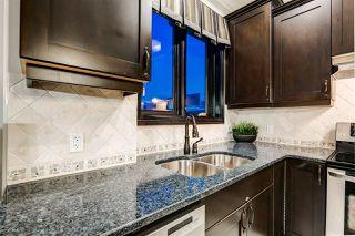 Photo 10: 1004 10142 111 Street in Edmonton: Zone 12 Condo for sale : MLS®# E4197949