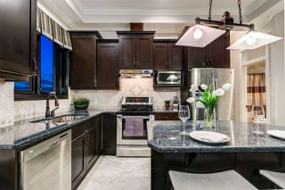 Photo 9: 1004 10142 111 Street in Edmonton: Zone 12 Condo for sale : MLS®# E4197949