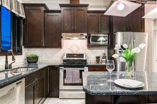 Photo 12: 1004 10142 111 Street in Edmonton: Zone 12 Condo for sale : MLS®# E4197949