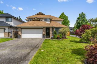 Photo 1: 16815 61 Avenue in Surrey: Cloverdale BC House for sale (Cloverdale)  : MLS®# R2457968