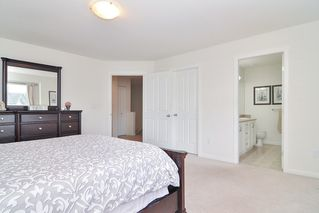 """Photo 12: 6951 201B Street in Langley: Willoughby Heights House for sale in """"Jeffries Brook"""" : MLS®# R2458249"""