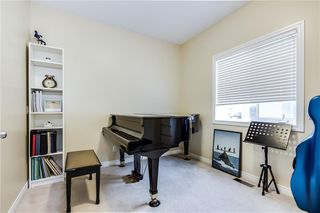 Photo 3: 142 WEST SPRINGS Place SW in Calgary: West Springs Detached for sale : MLS®# C4301282
