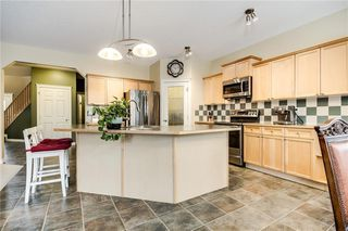 Photo 5: 142 WEST SPRINGS Place SW in Calgary: West Springs Detached for sale : MLS®# C4301282