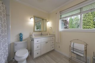 Photo 10: 4445 MAPLEWOOD Crescent in Burnaby: Garden Village House for sale (Burnaby South)  : MLS®# R2474707