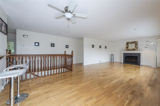 Photo 6: 4445 MAPLEWOOD Crescent in Burnaby: Garden Village House for sale (Burnaby South)  : MLS®# R2474707