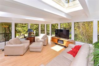 Photo 6: 1010 Donwood Dr in Saanich: SE Broadmead Single Family Detached for sale (Saanich East)  : MLS®# 840911