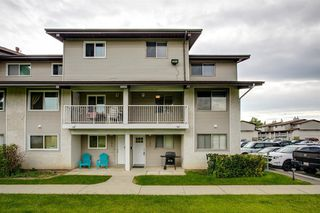 Main Photo: 1125 200 Brookpark Drive SW in Calgary: Braeside Row/Townhouse for sale : MLS®# A1016671