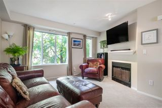 """Photo 3: 35 20176 68 Avenue in Langley: Willoughby Heights Townhouse for sale in """"Steeplechase"""" : MLS®# R2489132"""