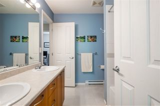 """Photo 13: 35 20176 68 Avenue in Langley: Willoughby Heights Townhouse for sale in """"Steeplechase"""" : MLS®# R2489132"""