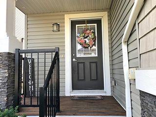 Photo 2: 132 AXBRIDGE Gate: Sherwood Park House Half Duplex for sale : MLS®# E4211210