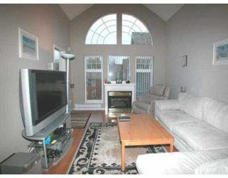 "Photo 3: 406 3085 PRIMROSE LN in Coquitlam: North Coquitlam Condo for sale in ""LAKESIDE TERRACE"" : MLS®# V564766"