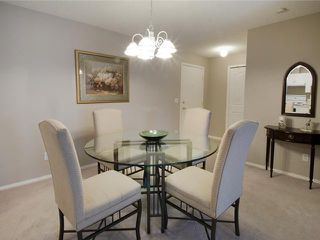 Photo 4: 211 3000 SOMERVALE Court SW in CALGARY: Somerset Condo for sale (Calgary)  : MLS®# C3477323