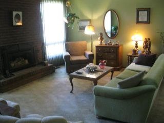 Photo 4: 431 Barker Boulevard in WINNIPEG: Charleswood Residential for sale (South Winnipeg)  : MLS®# 1117148