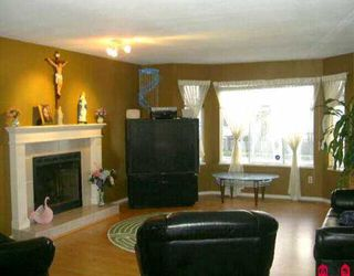 Photo 2: 14099 88TH AV in Surrey: Bear Creek Green Timbers House for sale : MLS®# F2605997